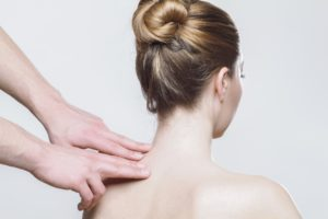 acupuncture treats neck pain