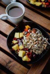fiber cereal and fruit prevent hemorrhoids
